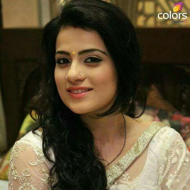 Radhika madan gorgeous hd