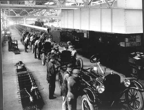 Model T Ford Forum Old Photo - Ford Motor Company Model T Assembly Line Louisville & 110 best Ahh Those Cranky Cars images on Pinterest | Ford models ... markmcfarlin.com