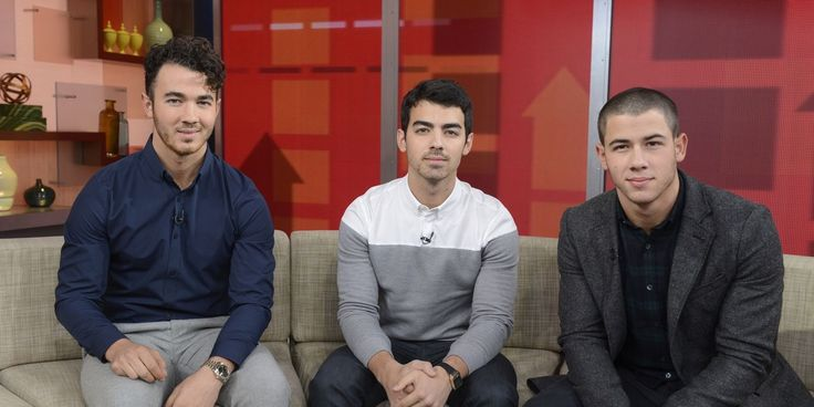Nick Jonas's Cute AMAs Throwback Will Make You Miss the Jonas Brothers