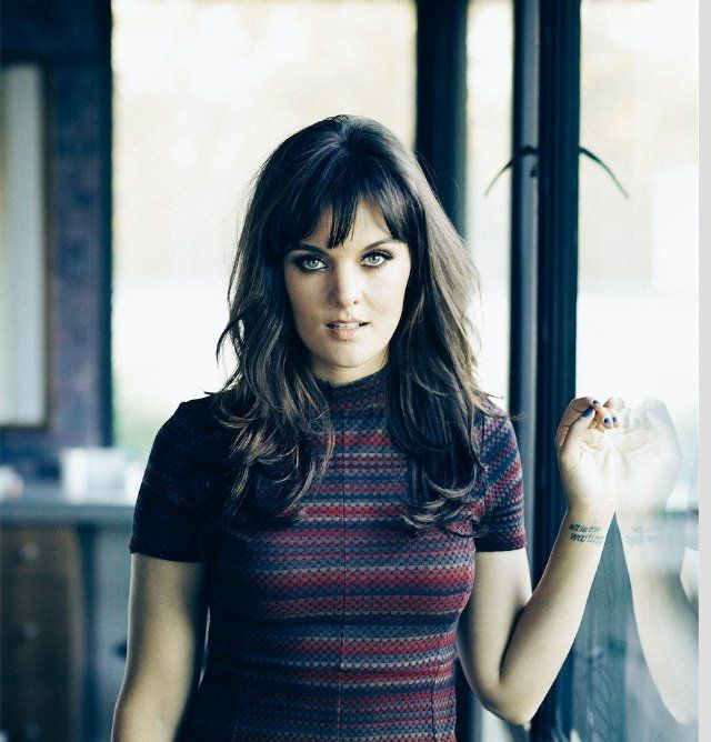 Pictures & Photos of Frankie Shaw - IMDb