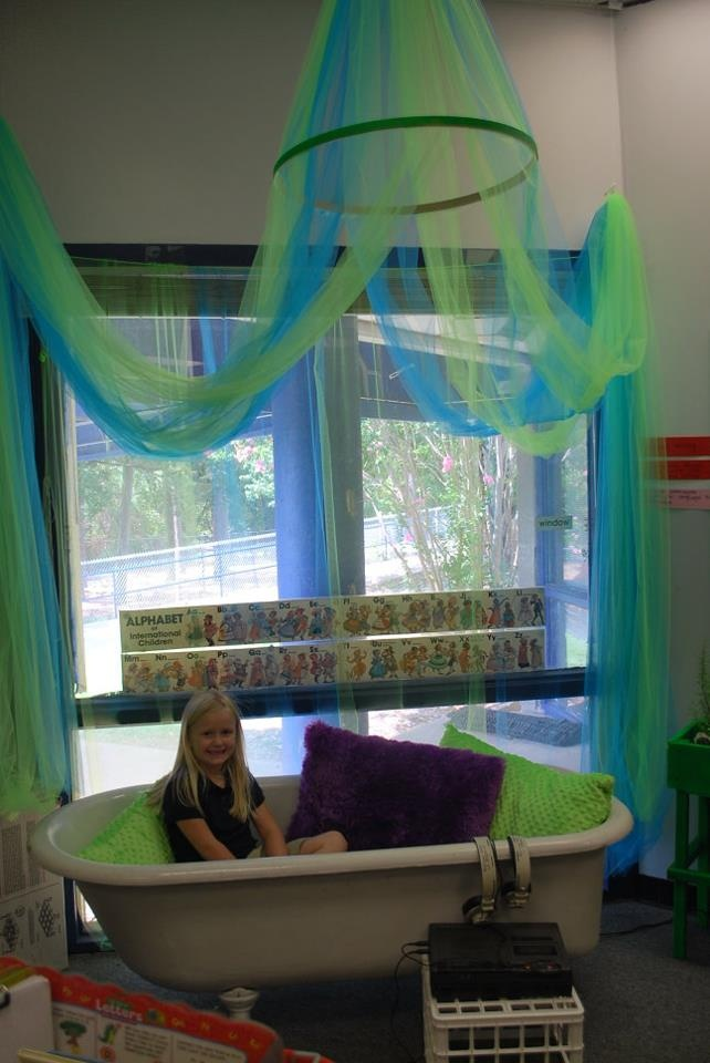 Classroom Center Ideas : Best bathtub reading center images on pinterest