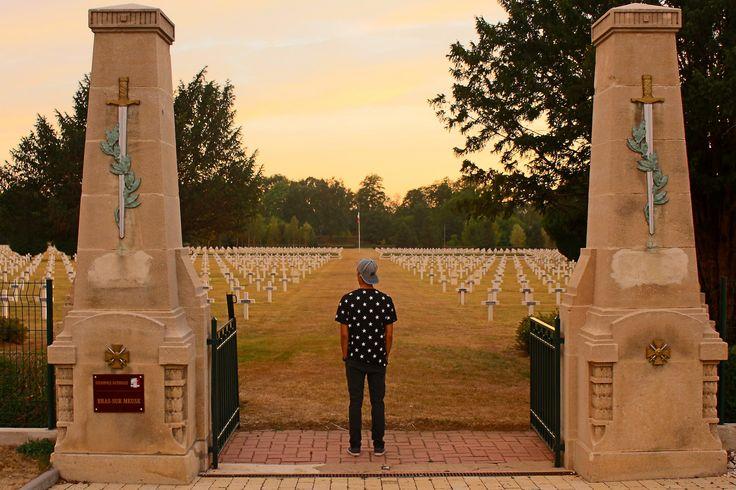 French War Cemetery Bras-sur-Meuse ww1/ww2, France ( 4537 + 151 )