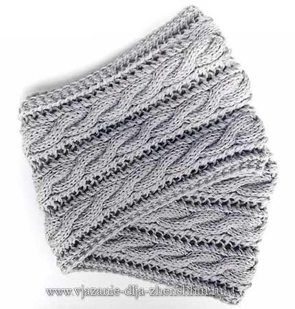 Вязаный шарф-снуд с косами