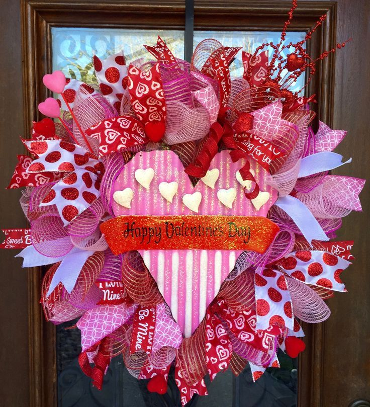 Pin By Nancy Parsons On Downloads Pinterest Wreaths Valentines
