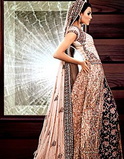 Peach champagne indian wedding bridal lengha saree...omg I just eye f%#ked the shi%# out of that dress...Too bad I'm probably going to do the traditional red but man oh man is this beautiful!