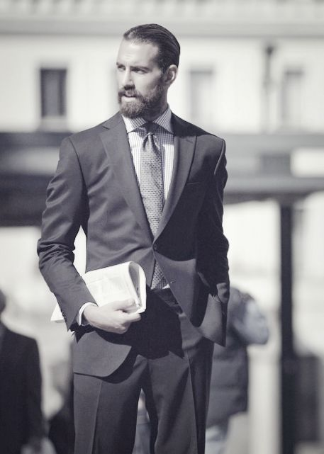 Groovy 1000 Ideas About Beard Suit On Pinterest Beards Menswear And Short Hairstyles Gunalazisus