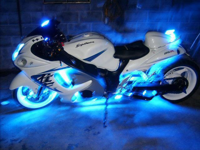 Suzuki Hayabusa ~ Crazy Cool ~ Love this bike!!!