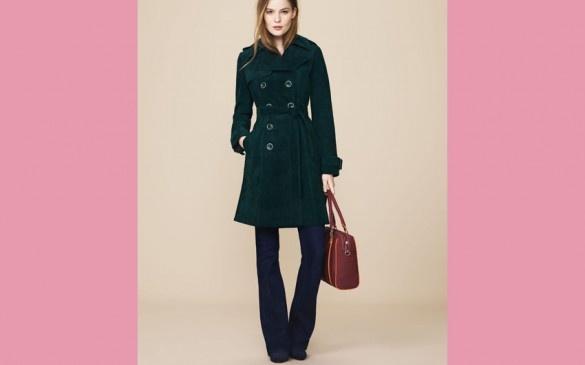 WOMEN OVER 40 & 50:  What do women in Paris wear? http://boomerinas.com/2012/07/parisian-women-over-40-50-60-details-to-set-their-style-apart/