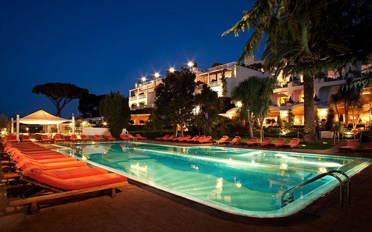 Uitzicht Zwembad & Spa Capri Palace Hotel, Italië