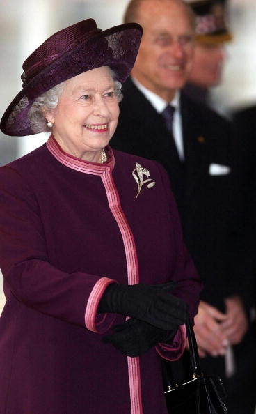 Queen Elizabeth, 2004. Very beautiful style and smile for the Queen Mother.