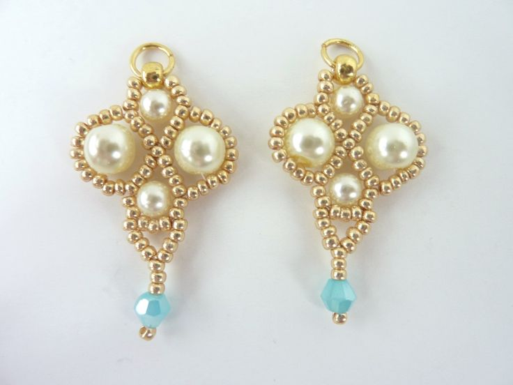DIY Jewelry: FREE beading pattern for simple yet elegant earrings made from 11/0 seed beads, 4mm & 6mm pearls, and a 4mm crystal. Very quick to make!