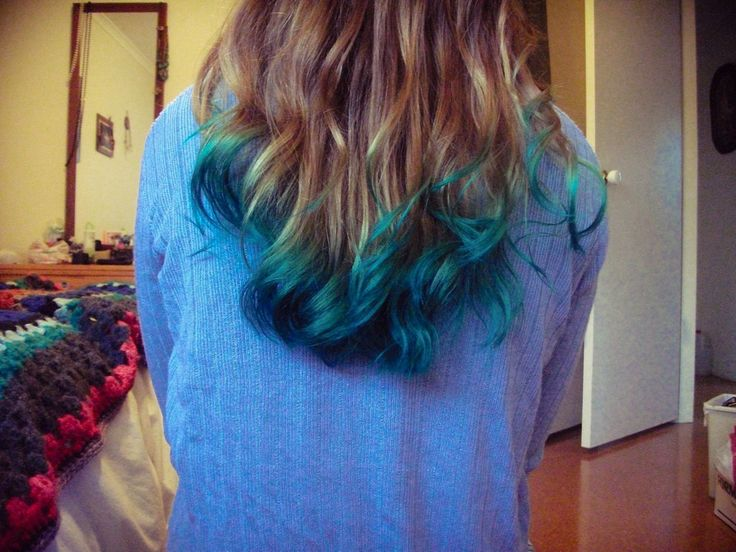 2015 diy turquoise ombre hair dye for brown long wave hair