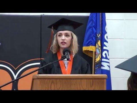 Humorous / Funny Graduation Speech - YouTube
