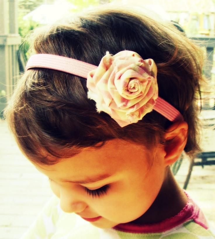 Tutorial: Shabby Fabric Roses #ShabbyChic #Shabby #Fabric #Roses #Headband: Fabric Roses, Flower Tutorials, Shabby Chic, Fabrics Scrap, Fabrics Rosette, Rose Headbands, Rolls Fabrics Flower, Rose Tutorials, Shabby Fabrics