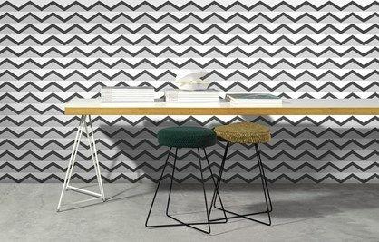Hills 142203 - Flot grafisk tapet i sort/hvid med et stringent zigzag mønster der skal illudere bakketoppe.