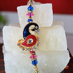 Send Designer Rakhi with Petha to #USA for your #Brother @ http://www.rakhi.in/rakhi-to-usa/
