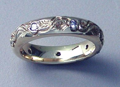 enchantment 4 carved leaf wedding ring with 7 diamonds 4mm 14k gold