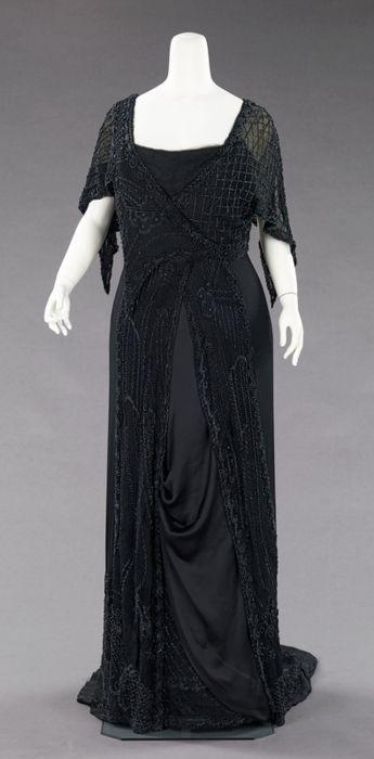 Mourning dress ca. 1910