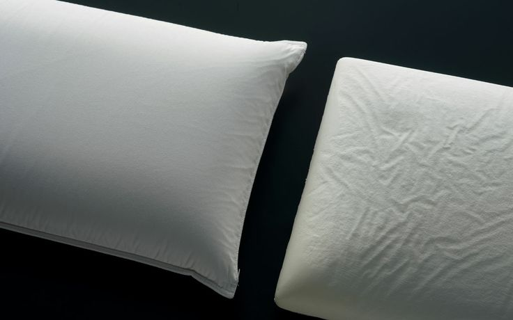 "Pillow Memoform by Flou. This pillow is exceptionally comfortable thanks to its characteristics of supporting the head and its movements during sleep. When released, it returns to its original shape. The external cover is 100% cotton; inside there is a special fabric called ""Climarelle"" which is fresh in summer and does not dissipate heat in winter #Cushions #bedding #bed #wellness #cuscini #cuscino #guanciale"