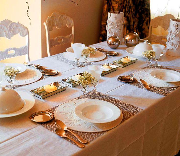 Delightful Elegant Christmas Table Decorating Idea