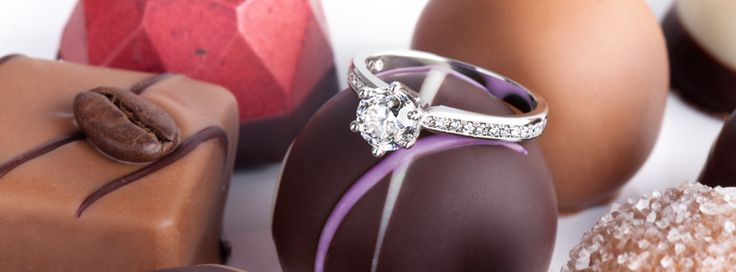Chocolate and diamonds - what else does a woman need? #Yorxs #Diamantschmuck
