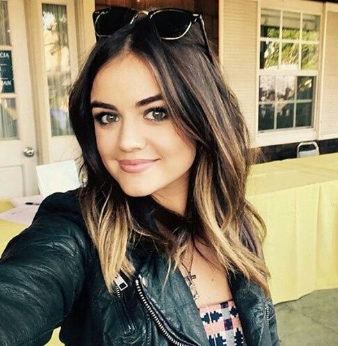 Lucy Hale                                                       …