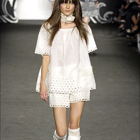 Anna Sui Runway White embroidered shorts SS2008 Anna Sui Runway White embroidered shorts from her Spring Summer 2008 collection Anna Sui Shorts