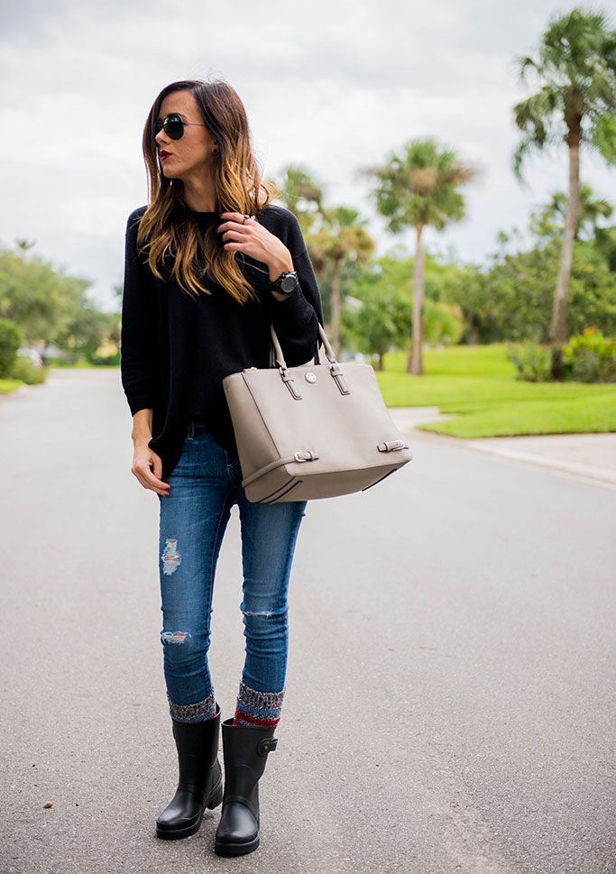 Cute Rainy Day Outfit | Sequins and Things: HUNTER RAIN BOOTS + STRIPED BOOT SOCKS