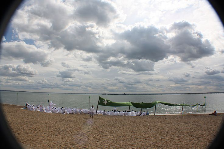 Church congregation on beach at Southend-on-Sea