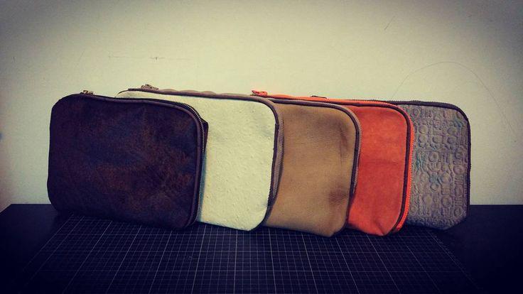 #斜孭袋 #斜咩袋 #shoulderbag #leathershoulderbag #leatherbag #leatherbagdiy #madetoorder #handstitched #leathergoods #leathercraft #leather  #handmade #leatherhk #madeinhongkong #handsewn #handmadeleather #handmadeleathergoods #leathercraft #leathercrafts #leathercrafting  #手作 #皮革訂 #手縫皮革 #皮 #皮製品 #皮革訂制 #皮手作 #皮革手作 #香港手縫皮革 #香港手製  #手工皮具