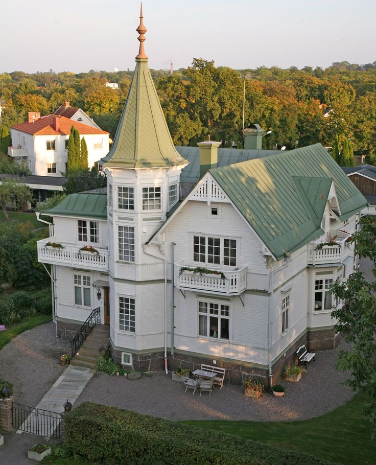 Ytterligare ett hus från Borgholm på Öland, Sverige