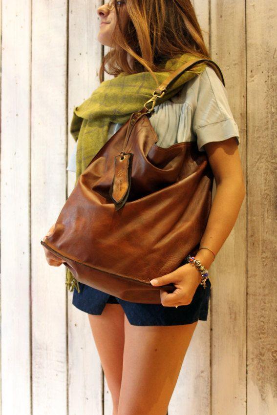 ALLEGRA BAG , Handmade vintage Italian Leather Tote Bag di LaSellerieLimited su…