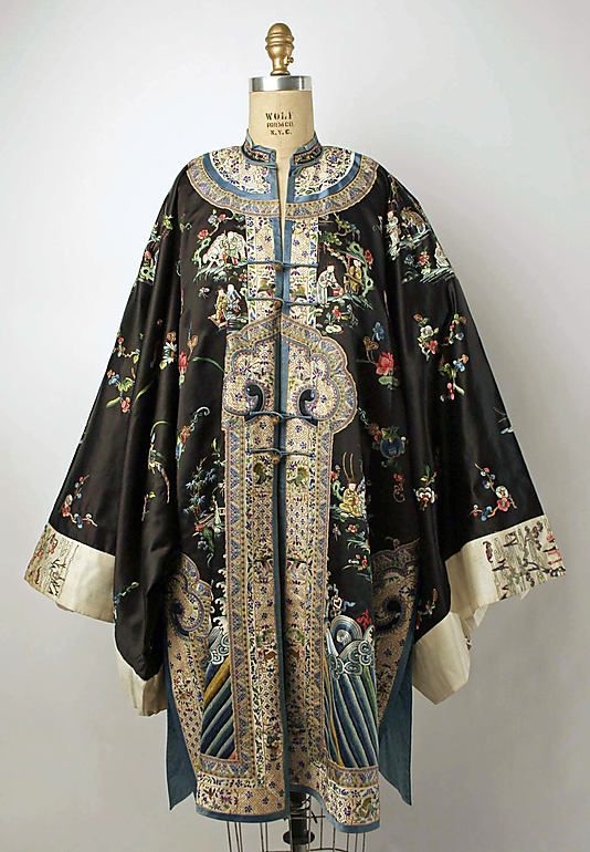 Early 20th century Chinese Women's Robe // Material: silk, metal // Dimensions: Length: 42 in. (106.7 cm) // Credit Line: Gift of Mr. and Mrs. Clinton H. Miller, Jr., 1977 // Accession Number: 1977.65