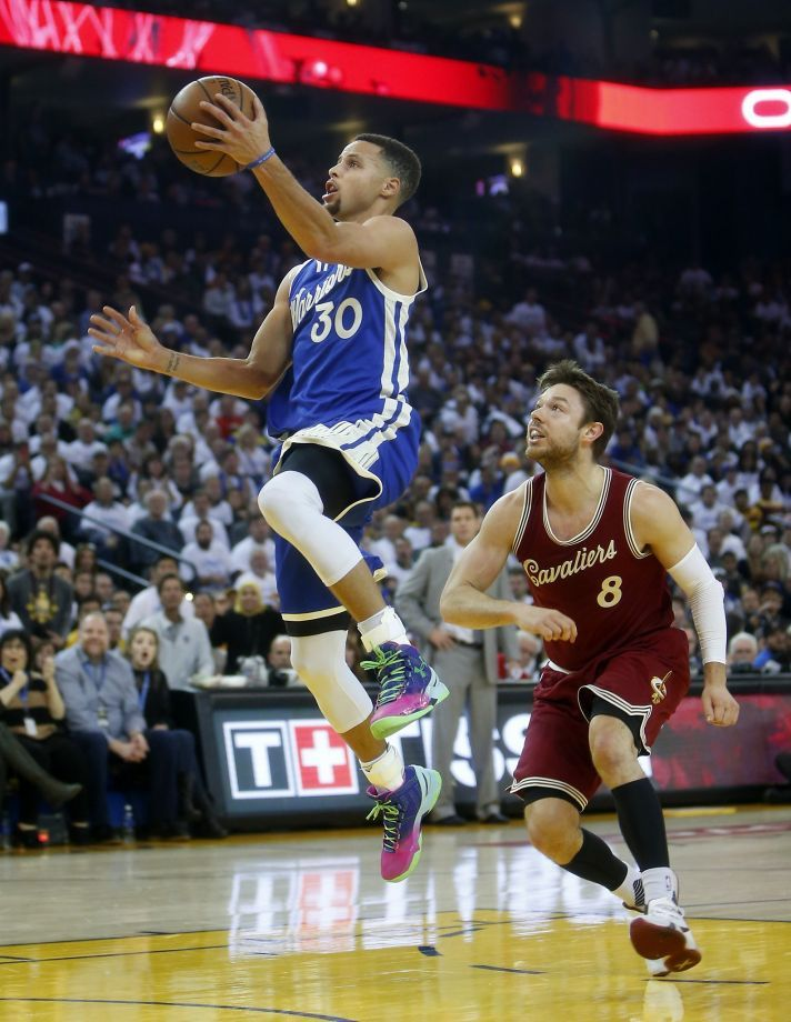 Warriors' Stephen Curry tops West guards in All-Star voting