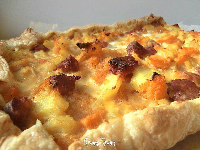 Torta salata con zucca, patate e salsiccia | Ricetta