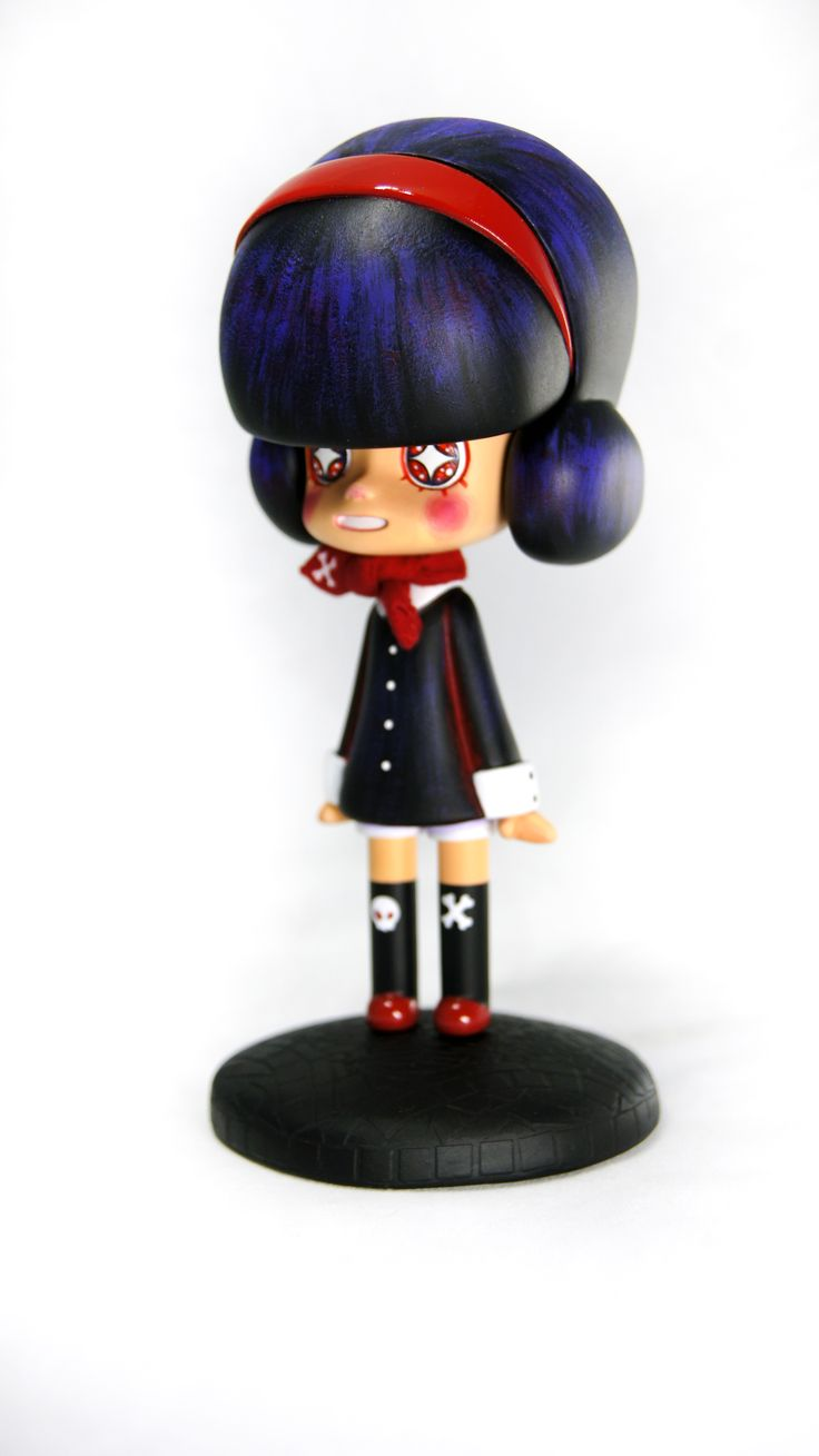 Miwu of the Black star   6 inch, Resin    Miwu is a girl who travels to different worlds in the universe including Pleiades, the baby star in the universe, through a worm hole.    #miwu #universe #doll #handmade #아트토이 #buningmonster #dada_miwoo #arttoy #toy #figure #star #handmade #cute