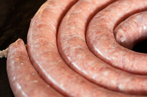 How to make sausage: Finish Coil, Sausages Travaganza, Sausages Unlimited, Sausages Recipes, Homemade Sausages, Sausages Mak Parties, Food Blog, Fresh Mad Sausages, Sausages 101