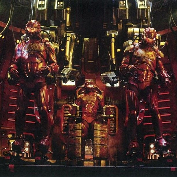 Chinese pilots in Crimson Typhoon: Two pilots to control the Jaeger's basic movements in the front, and a third pilot to act as gunner behind his co-pilots. (From Pacific Rim wiki)