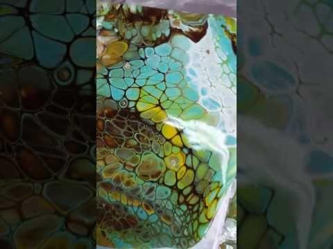 Hvordan man får store celler. brænd først, vip lærede efter. Acrylic pouring with silicone sprayed on the canvas ( request ) - YouTube