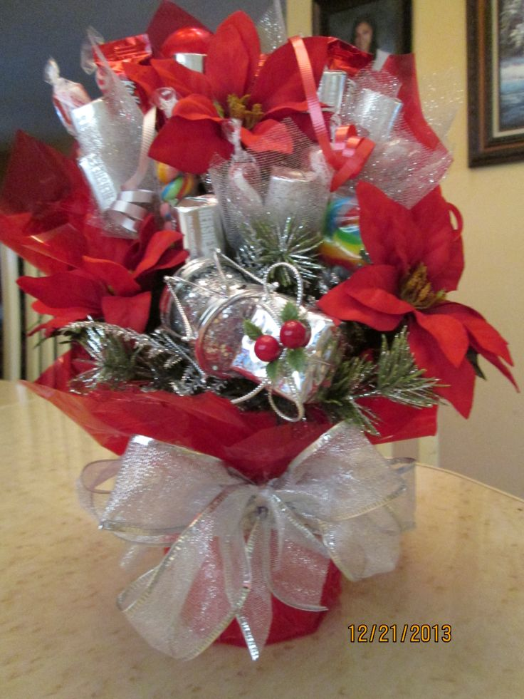 Red and silver candy bouquet by ana bonboni