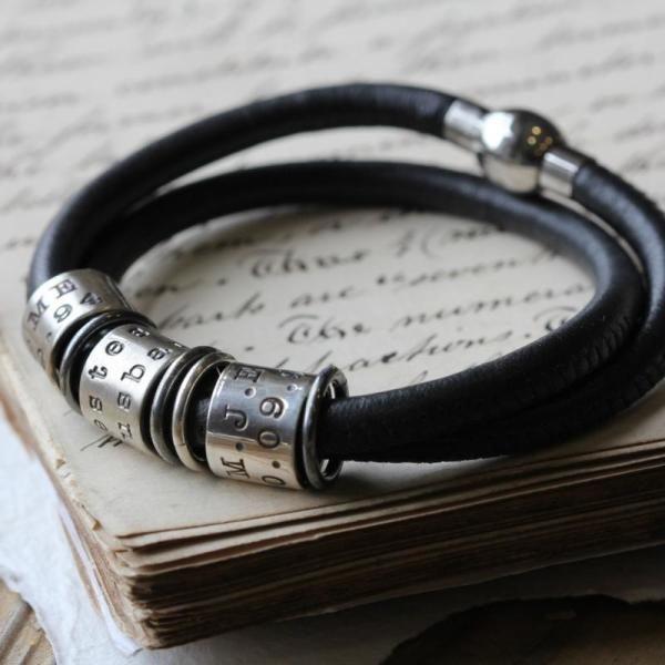 Identic ten story bracelet