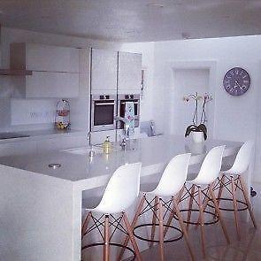 1000 ideas about chaise eiffel on pinterest chaise plateau en bois and la - Chaises eames montreal ...