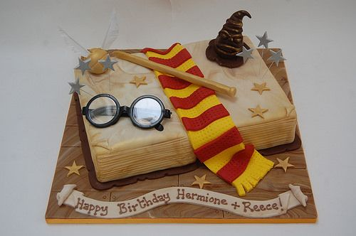 Ultimate Harry Potter Spell Book Cake – Beautiful Birthday Cakes