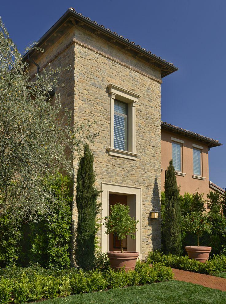 Toasted Craft Farmhouse Ledge http://creativemines.us/crafted-masonry-veneer/craft-farmhouse-ledge/toasted-craft-farmhouse-ledge/ #CM #CreativeMines #Stone
