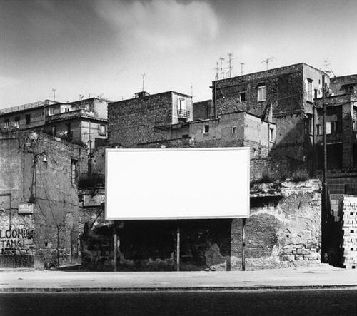 mimmo jodice - via marina, naples, 1982