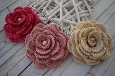 come fare una rosa semplicissima a uncinetto