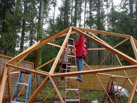 grow dome: link to the joinery technique = www.domekits.info...