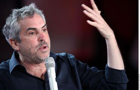 Alfonso Cuarón Orozco es un guionista, productor y director de cine.