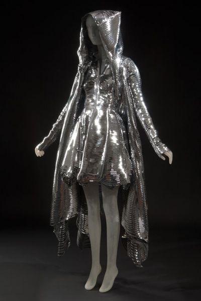 Gareth Pugh - looks like a futuristic fairy