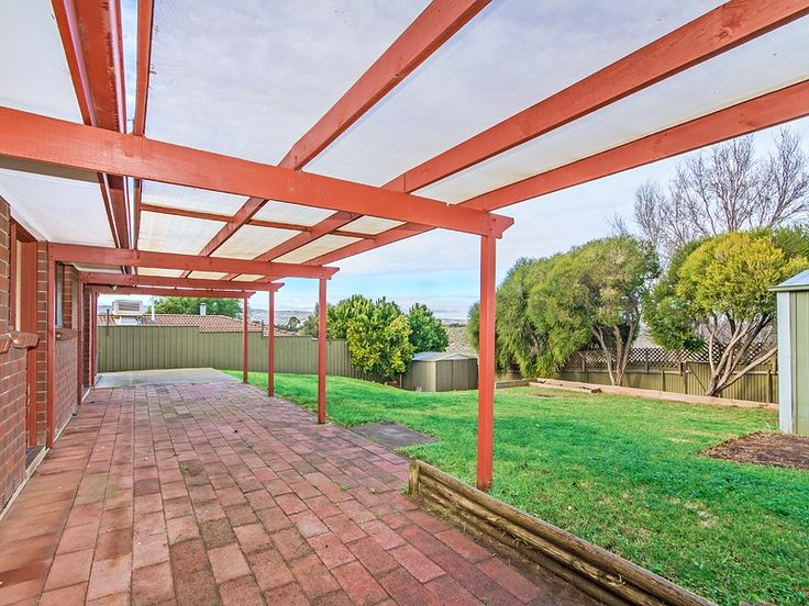10 Lyons Cct Trott Park for sale with Kevin J. Barry from the #Professionals #Christies #Beach, #RealEstate agency - 08 8382 3773. #Pergola #Verandah